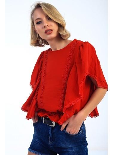 Emjey Kol Beden Farbalı Dantelli Bluz Kırmızı